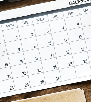 how an hourly schedule maker improves organization in your business