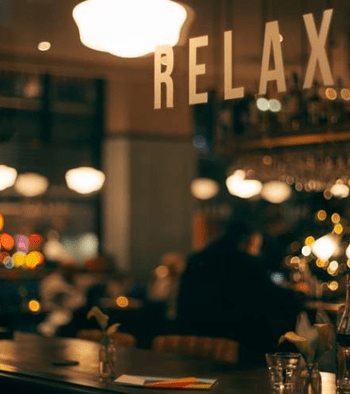 how managing a restaurant is easier with scheduling software