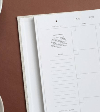 use a simple monthly schedule maker to improve employee scheduling