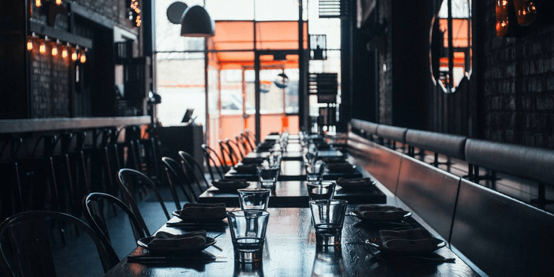 clear pros and cons of an automated restaurant